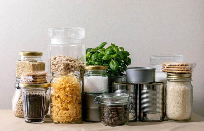 food supplies for quarantine period