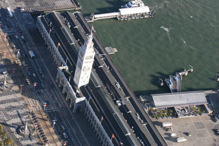 https://cf.ltkcdn.net/sanfrancisco/images/slide/10244-849x565-ferry-overhead.jpg