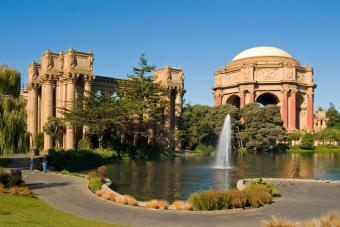 https://cf.ltkcdn.net/sanfrancisco/images/slide/10229-848x566r1-palace-of-fine-arts.jpg