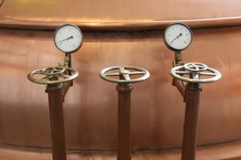 https://cf.ltkcdn.net/sanfrancisco/images/slide/164980-849x565-steam-brewery.jpg
