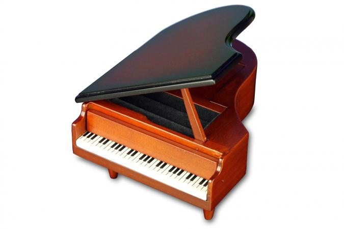 San Francisco piano music box