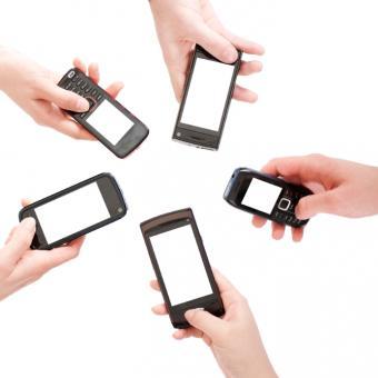 https://cf.ltkcdn.net/save/images/slide/167722-500x500-cell-phone-several-types.jpg