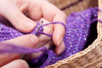 https://cf.ltkcdn.net/save/images/slide/167762-849x565-crochet-gift-making.jpg