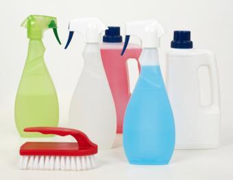 https://cf.ltkcdn.net/save/images/slide/167766-788x609-homemade-cleaners.jpg
