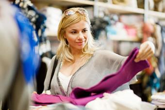 Best Times to Buy Clothing