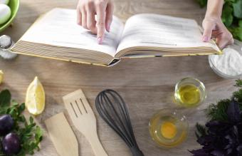 Cookbooks Featuring Low Budget Recipes