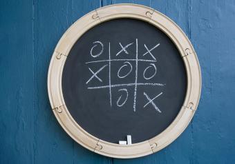 https://cf.ltkcdn.net/save/images/slide/254233-850x595-10_Homemade_Chalkboard.jpg