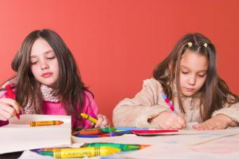 https://cf.ltkcdn.net/scrapbooking/images/slide/143031-849x565r1-birthday-girls-crafting.jpg