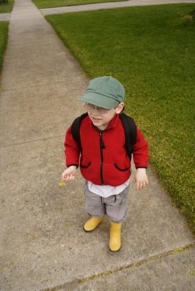 kindergarten boy going to school