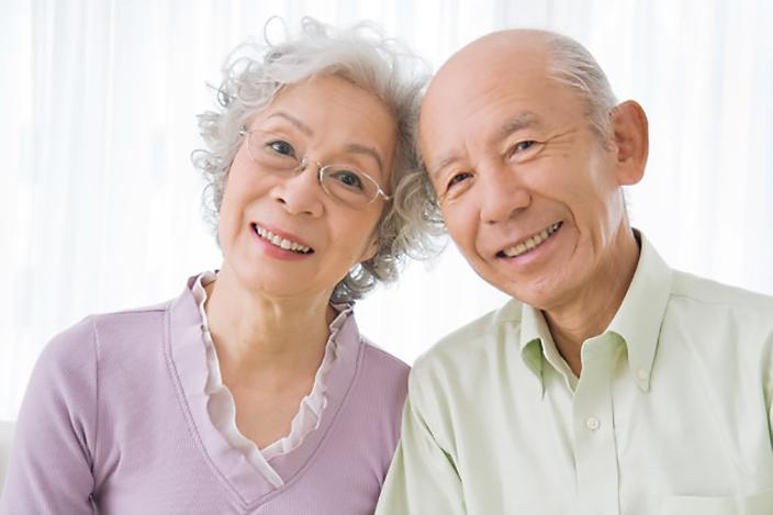 https://cf.ltkcdn.net/seniors/images/slide/217475-704x469-More-Short-Hair-Style-Ideas.jpg