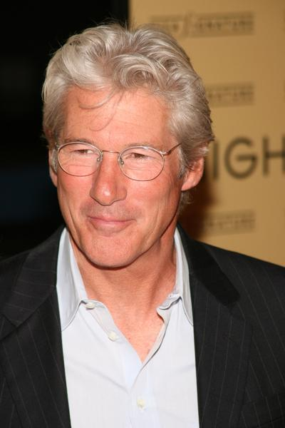 https://cf.ltkcdn.net/seniors/images/slide/91015-400x600-richard-gere.jpg