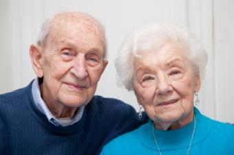 https://cf.ltkcdn.net/seniors/images/slide/159890-849x565r1-Older-couple.jpg