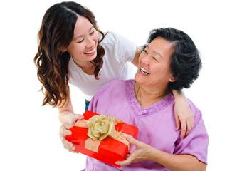 Giving mother a gift