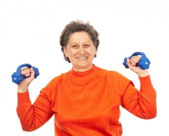 https://cf.ltkcdn.net/seniors/images/slide/175248-800x643-Strong-senior-using-weights-new.jpg