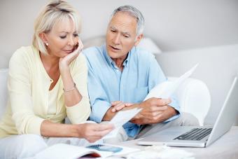https://cf.ltkcdn.net/seniors/images/slide/224220-704x469-mature-couple.jpg