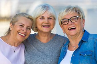 https://cf.ltkcdn.net/seniors/images/slide/224228-704x469-Group-of-senior-women.jpg