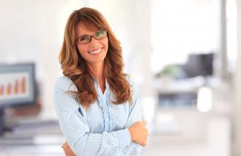 Long glam hairstyle with eyeglasses