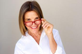 Woman wearing ombre hairstyle and eyeglasses
