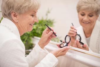 Eye Makeup Tips for Seniors