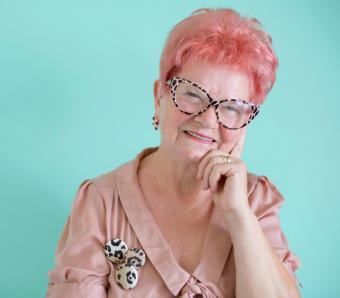 https://cf.ltkcdn.net/seniors/images/slide/258290-850x744-3-fun-hair-colors-senior-women.jpg