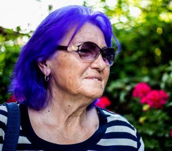 https://cf.ltkcdn.net/seniors/images/slide/258292-850x744-5-fun-hair-colors-senior-women.jpg