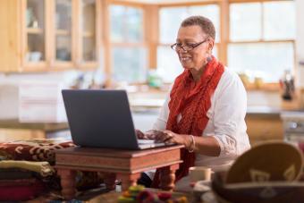 Senior Citizen Online Communities: A Guide to Virtual Groups