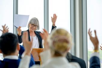 Retirement Speech Examples and Ideas That Get It Right