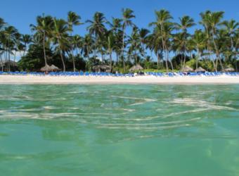 https://cf.ltkcdn.net/seniors/images/slide/91138-800x588-retire-dominican-republic.jpg