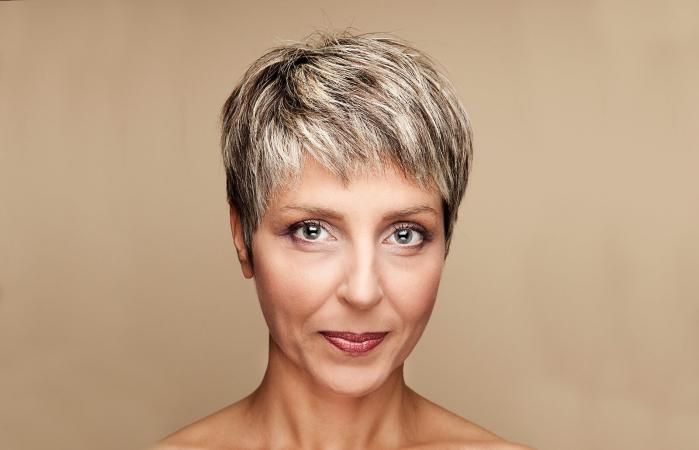 Pictures of hairstyles for mature women