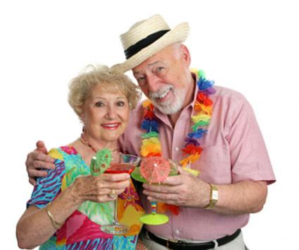 Florida seniors enjoying cocktails and retirement