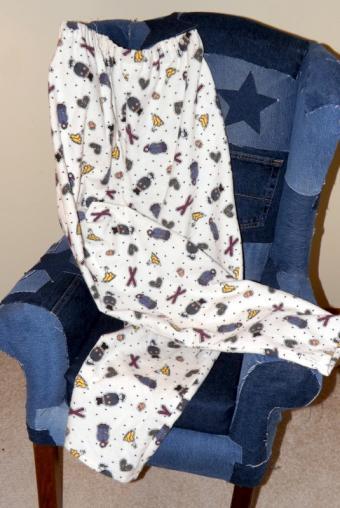 How to Sew Easy Pajama Pants