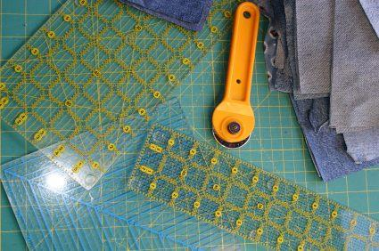 mats en cutting mat x rotary clover cutters sewing