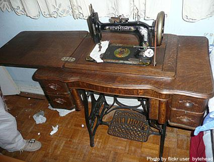 New Home Sewing Machine LoveToKnow Simple Old Sewing Machines Brands