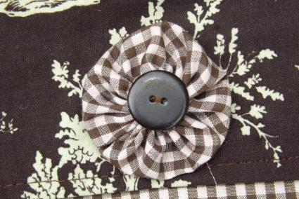 Make a fabric yoyo.