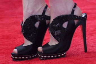Actress Julianne Moore wearing Nicholas Kirkwood shoes