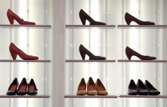 Stylish Kitten Heel Shoes