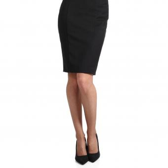 Pencil skirt and shoes