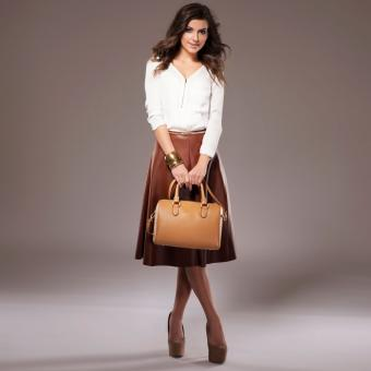 Tea length skirt and shoes