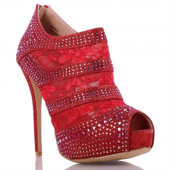 https://cf.ltkcdn.net/shoes/images/slide/214146-850x850-red-shootie.jpg