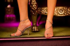 Girls Prom Heel Stories