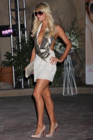 What Size Shoe Does Paris Hilton Wear