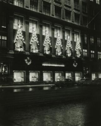 Saks on 5th Avenue
