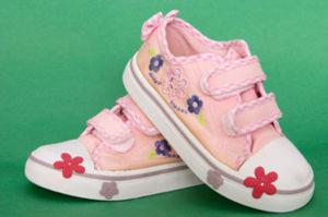 pinksneakers2