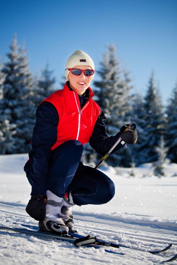 https://cf.ltkcdn.net/ski/images/slide/1046-566x848-cross-country-ski-bunny.jpg