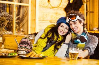 https://cf.ltkcdn.net/ski/images/slide/140468-849x565r1-Dinner-and-Drinks.jpg