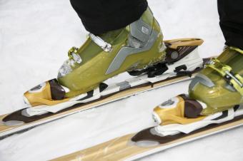 Adjusting Ski Bindings