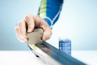 How to Wax Skis