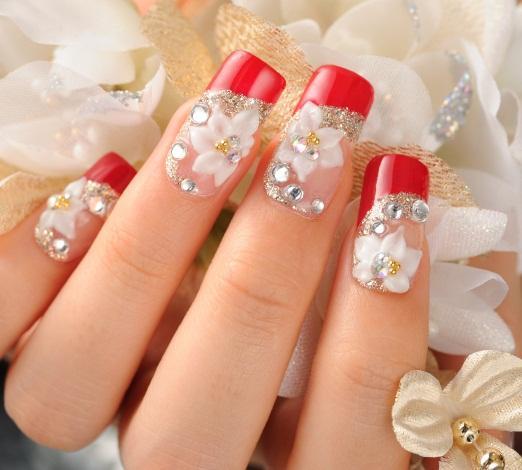 https://cf.ltkcdn.net/skincare/images/slide/145749-522x470-french-and-floral-nails.jpg