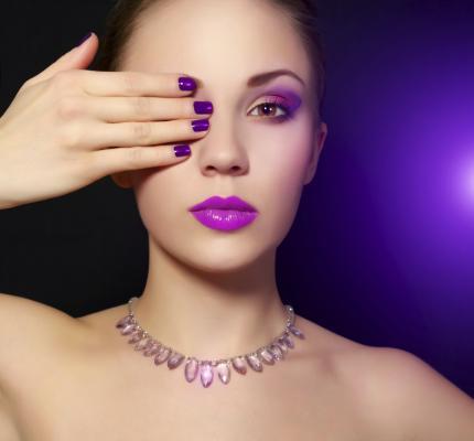 https://cf.ltkcdn.net/skincare/images/slide/170497-430x400-Bold-and-Bright-nail-color-TS.jpg