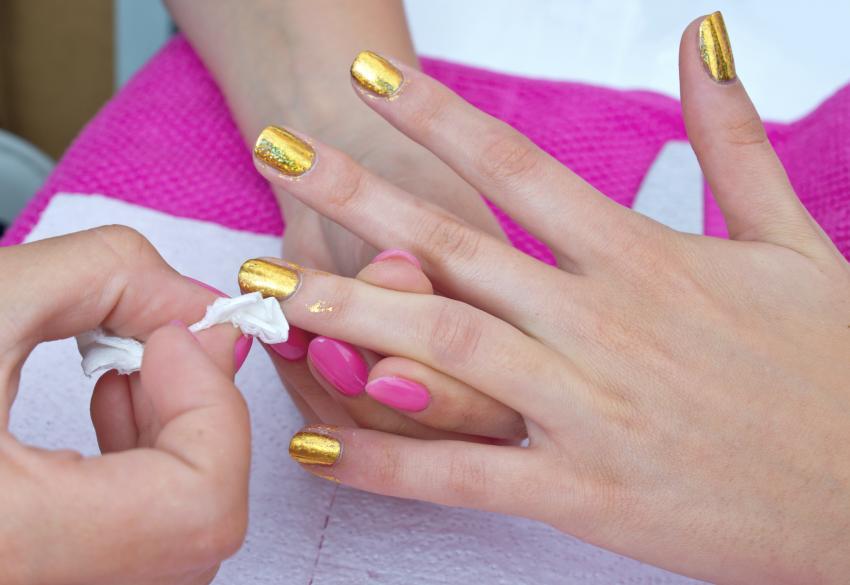 Prom Nails | LoveToKnow